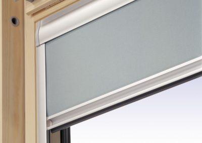 Rolety pro střešní okna