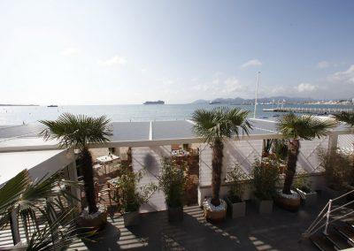 06-La-Plage-du-Festival-Cannes_10_redimensionner-compressor